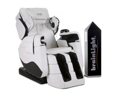 brainLight relaxTower PRO mit 4D-Shiatsu-Massagesessel Zenesse